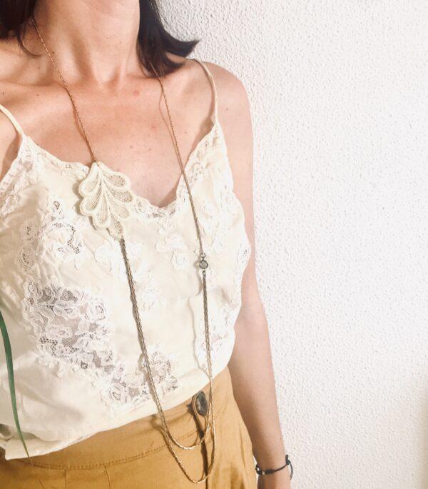 collar encaje guipure